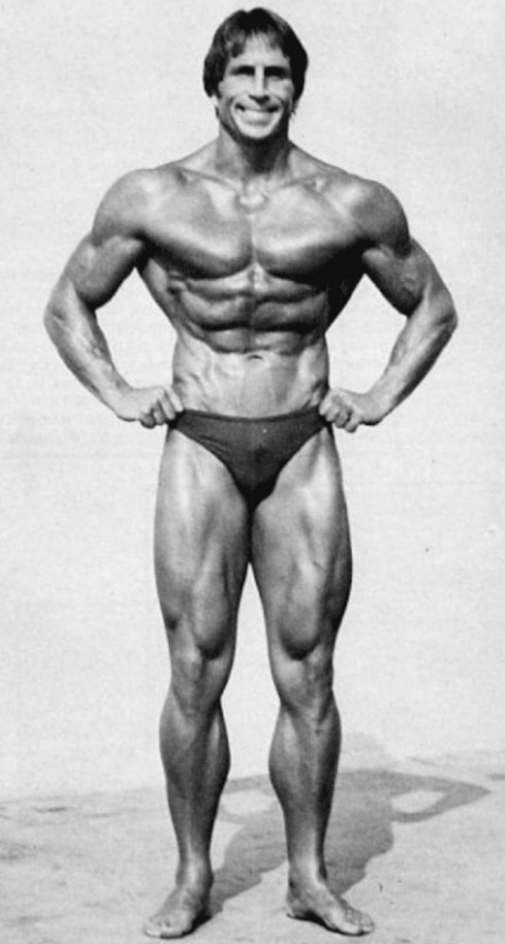 steve davis bodybuilder good posture